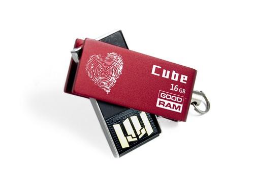 Валентинка и usb-флешка GOODRAM Cube