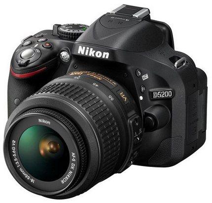 Nikon D5200 - зеркальная фотокамера начального уровня
