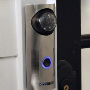 dezeen_DoorBot-by-Edison-Junior-Design-Laboratory_2
