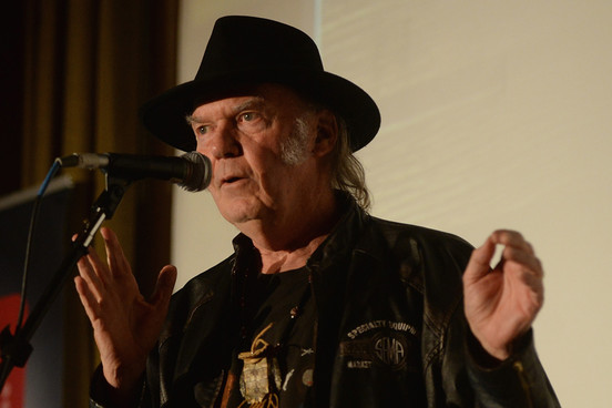 2014NeilYoung_Getty464294121070314