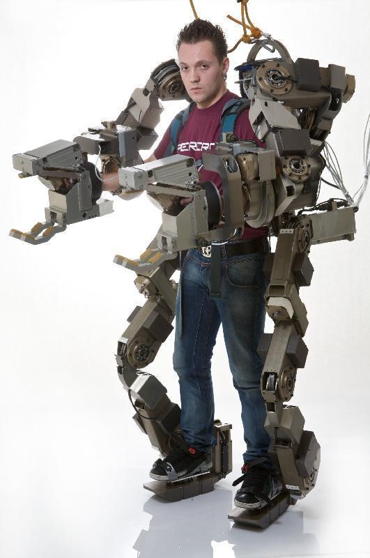Exoskeleton-transformer-2