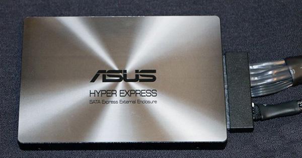 ASUS-Hyper-Express-SATA-Express-Drive-1