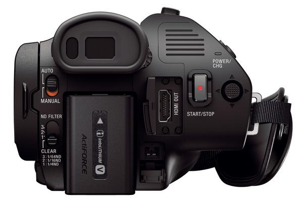 Видеокамера Sony Handycam® FDR-AX700 поддерживает 4K HDR
